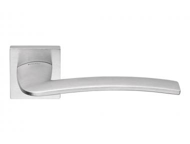 Ala Moderner Griff aus satiniertem Chromflügel für elegantes italienisches Design von Linea Calì