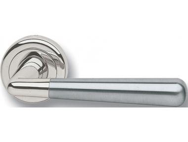 Paar Griffe Ghidini Modell OCL Genfer Rosette Stahl-und Lüftungsöffnungen