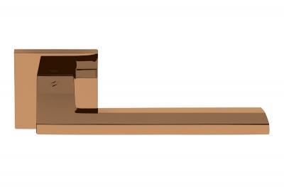 Electra Vintage Finish Manhattan Style Türgriff auf Rosette von Colombo Design